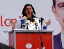 Pocas promesas de Inés Sabanés y muchas críticas al Gobierno regional