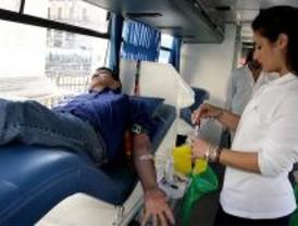 Los bomberos donarán sangre para protestar por la falta de contratos en verano
