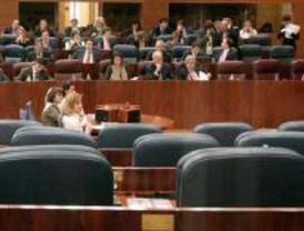 El PP pide a Zapatero diversión segura a los jóvenes