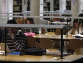 Doce bibliotecas amplían su horario por los exámenes de septiembre
