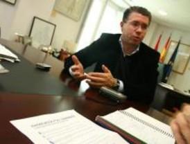Granados: PSOE se aleja del centro y se sitúa en la izquierda europea radical