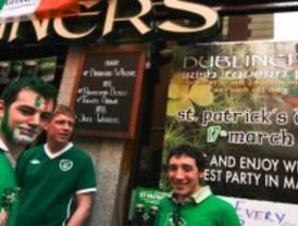 San Patricio tiñe Madrid de verde