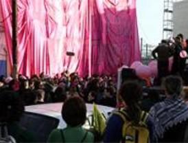 El Centro Social Seco festeja su realojo con una 'mudanza rosa'