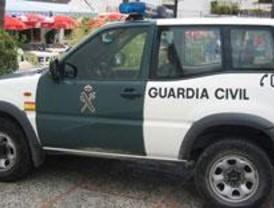 Detenidos por contratar ilegalmente a una mujer y ocultar que sufrió un accidente laboral