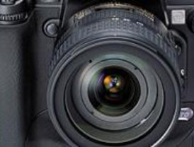 La Comunidad repartirá 1.500 cámaras para hacer una foto solidaria