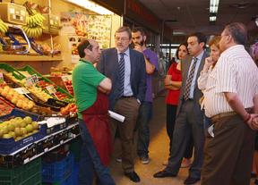 El PSOE denuncia el abandono 'sistemático' de los mercados municipales