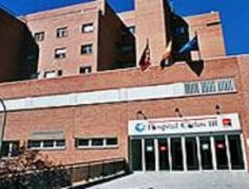 El Hospital Carlos III pone en marcha un servicio para mejorar el tratamiento de los pacientes con VIH