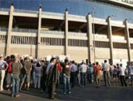 La afición atlética, dispuesta a llegar a los tribunales para frenar la venta del Calderón
