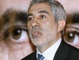 Llamazares pide el voto contra el bipartidismo