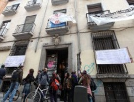 Uno de los edificios 'okupados' de Malasaña saldrá a la venta