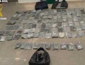 Escondía 10 kilos de cocaína en carne congelada