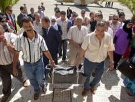 Muchos musulmanes optan por repatriar a sus familiares muertos, como Rayán