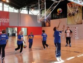 Baloncesto para mayores en cuatro municipios
