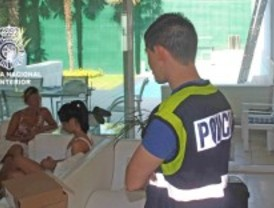Caen 105 personas de una red de prostitución que se anunciaba en prensa