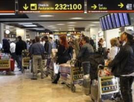 Barajas sufre anulaciones y demoras en rutas con Portugal