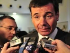 Gómez prevé que haya más candidatos a liderar el PSOE