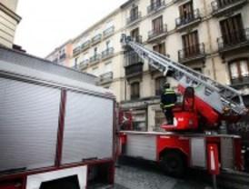 Un aparcamiento de un edificio de oficinas de Principe de Vergara se derrumba sin causar heridos