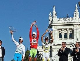 Farrar se lleva la última etapa de una Vuelta que ha coronado al italiano Nivali