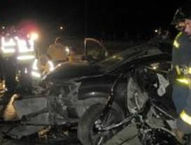 Un muerto y dos mujeres heridas al salirse su vehículo de la carretera de Colmenar