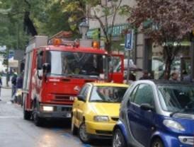 Dos incendios provocan diez heridos leves