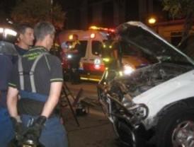 Fallece un trabajador de limpieza al chocar con un taxi