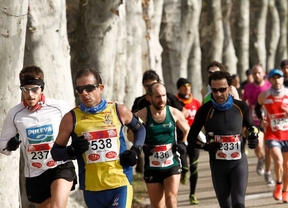 Más de 20.000 corredores en la media maratón Villa de Madrid