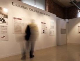 Los 100 años de la Escuela Oficial de Idiomas, en el objetivo