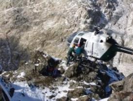 Muere un montañero madrileño al caer 50 metros por una ladera en Huesca