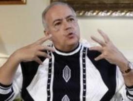 Detenidos los presuntos autores del robo en la casa de José Luis Moreno