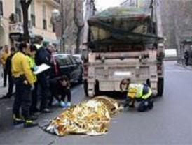 Muere un hombre tras ser atropellado por un camión