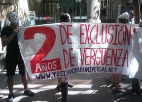 Protesta ante la Consejería de Sanidad