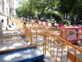 Cortado el lateral del Paseo de Recoletos por obras este martes y miércoles