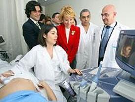 Aguirre inaugura el hospital de Vallecas