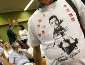 La batalla por Madrid llega a las camisetas