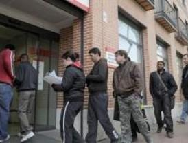 El 70 por ciento de los ciudadanos cree que el empleo se mantendrá o empeorará en 2010
