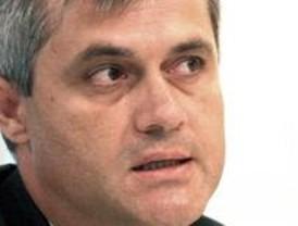 Lucas define a Gallardón como 'alcalde de ausencia' y afirma que está por obligación