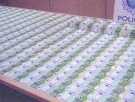Interceptados 580 billetes falsos de 100 euros