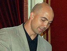 El deportista Demetrio Lozano recibe el premio al 'Alcalaíno del Año'