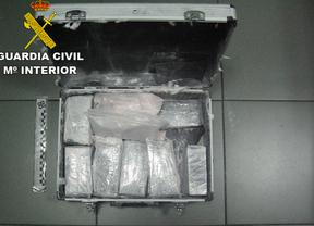 Detenida por estafar a otra con el método de los 'billetes tintados' en Majadahonda