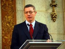 Denuncia contra Gallardón por no permitir una marcha antiabortista