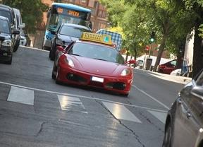Salir de la autoescuela al volante de un Ferrari