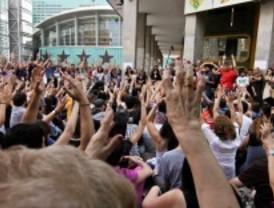 Miles de personas deciden el futuro de Sol en las asambleas de los barrios y municipios