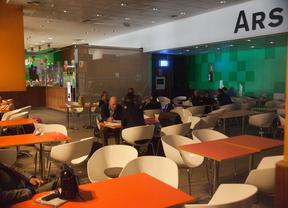 Todas las cafeterías de Madrid-Barajas secundan la huelga
