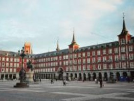 El Ayuntamiento regulará a los pintores de la Plaza Mayor