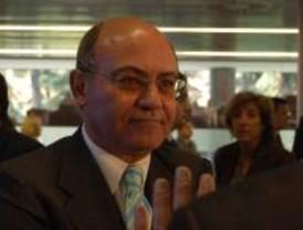Díaz Ferrán pone su cargo a disposición de la CEOE pero la patronal le da su apoyo
