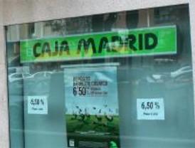 El juez investiga la legalidad de la suspensión de Serrano en Caja Madrid