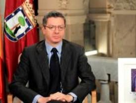 Gallardón llama a los madrileños a superar 'divisiones artificiales'