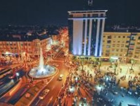 Torrejón de Ardoz estrena plaza de España con palmeral