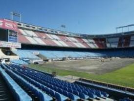 Varias zonas del Vicente Calderón carecen de licencia