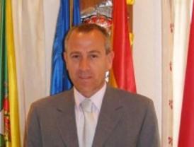 El PP de Hoyo pide el cese del alcalde para cumplir el auto del TSJM